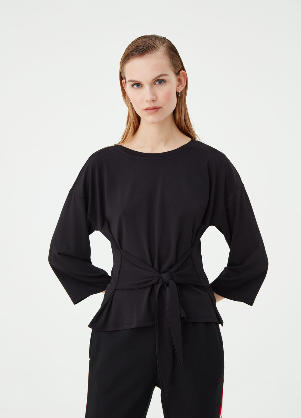 Stretch T-shirt with belt tie