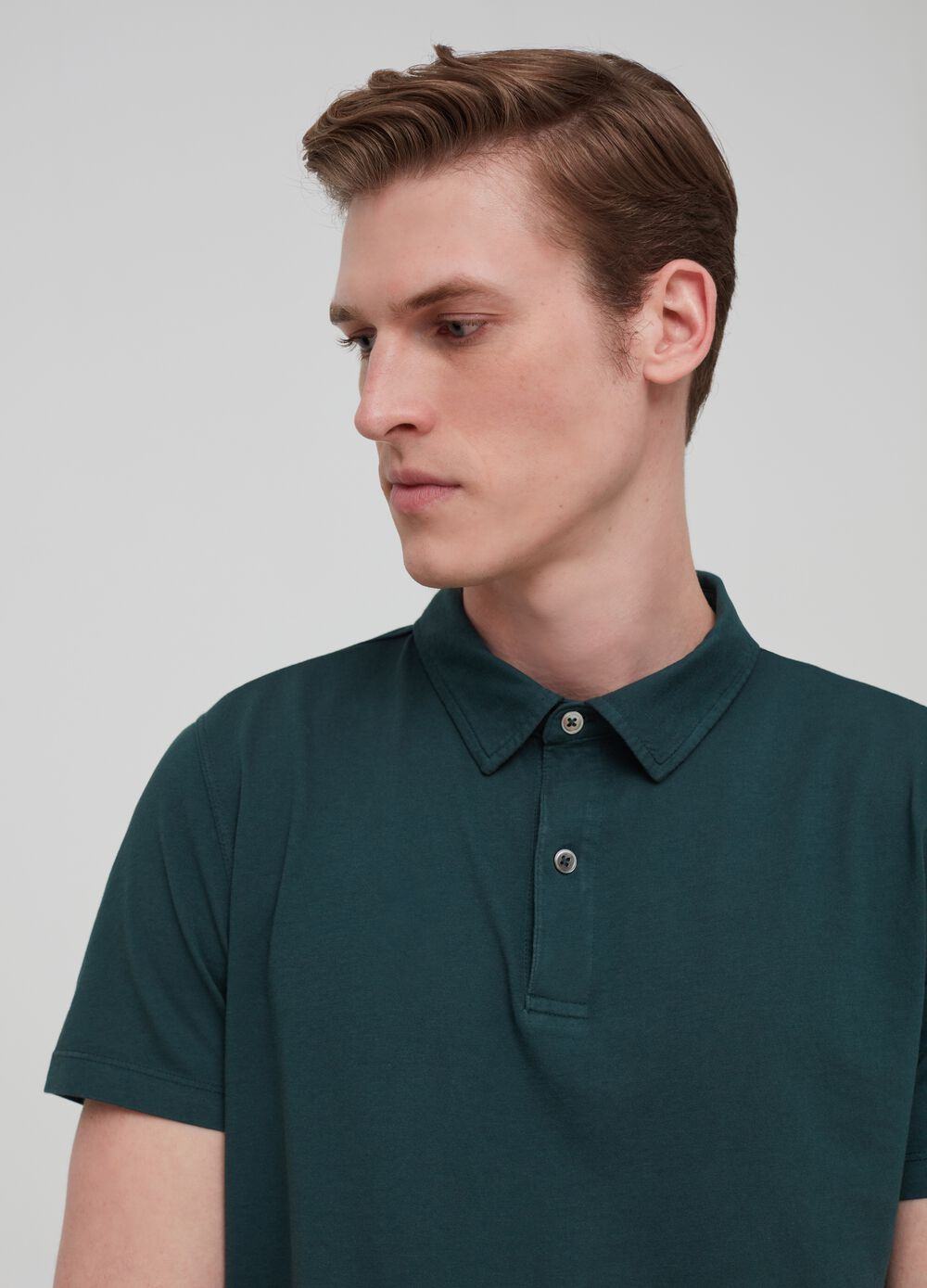 Premium polo shirt in garment-dyed 100% cotton