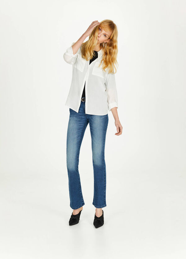 Jeans bootcut fit stretch con tasche