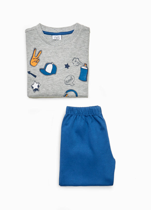 Cotton pyjamas with skateboard print