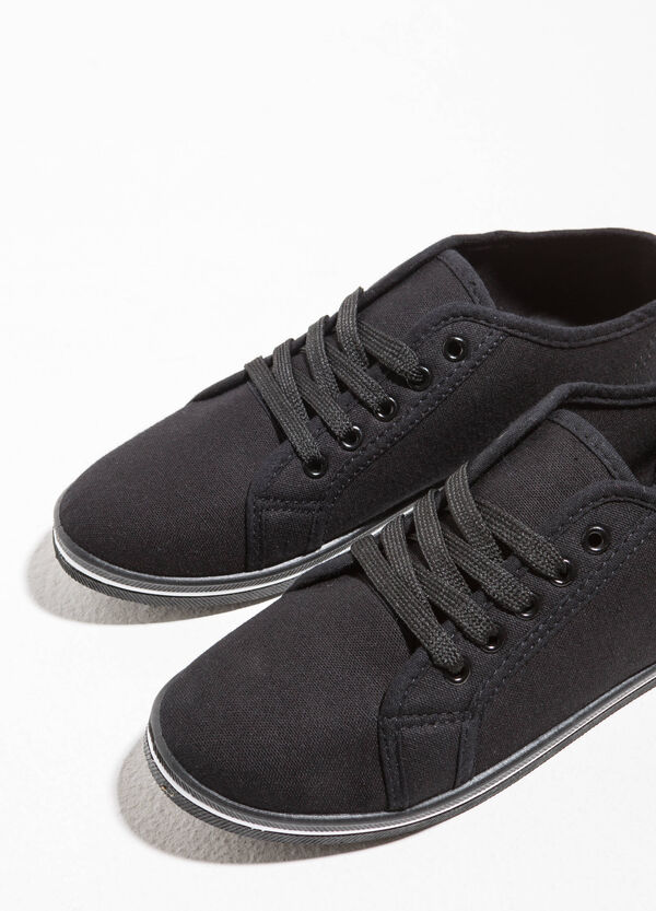 Sneakers with solid sole | OVS