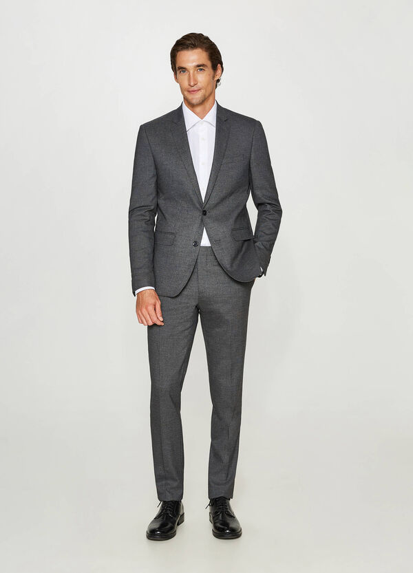 Abito slim fit in misto viscosa stretch