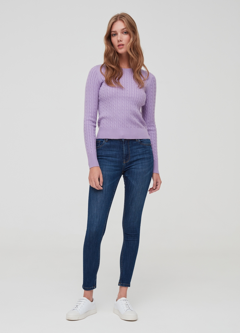 Crew neck pullover with braided weave image number null