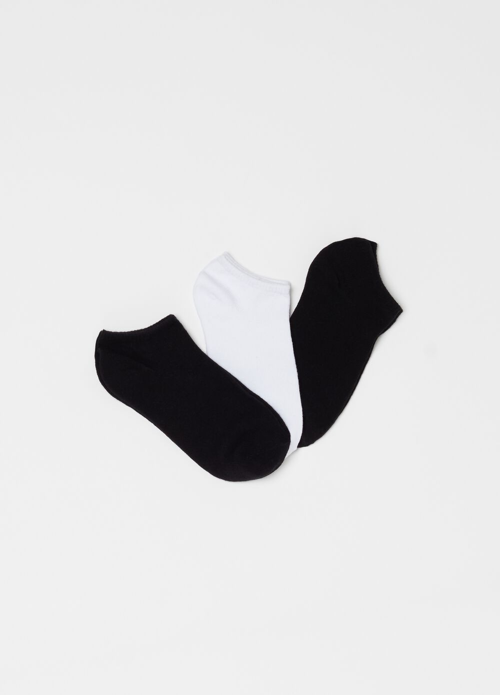 Three-pack stretch ribbed ankle socks