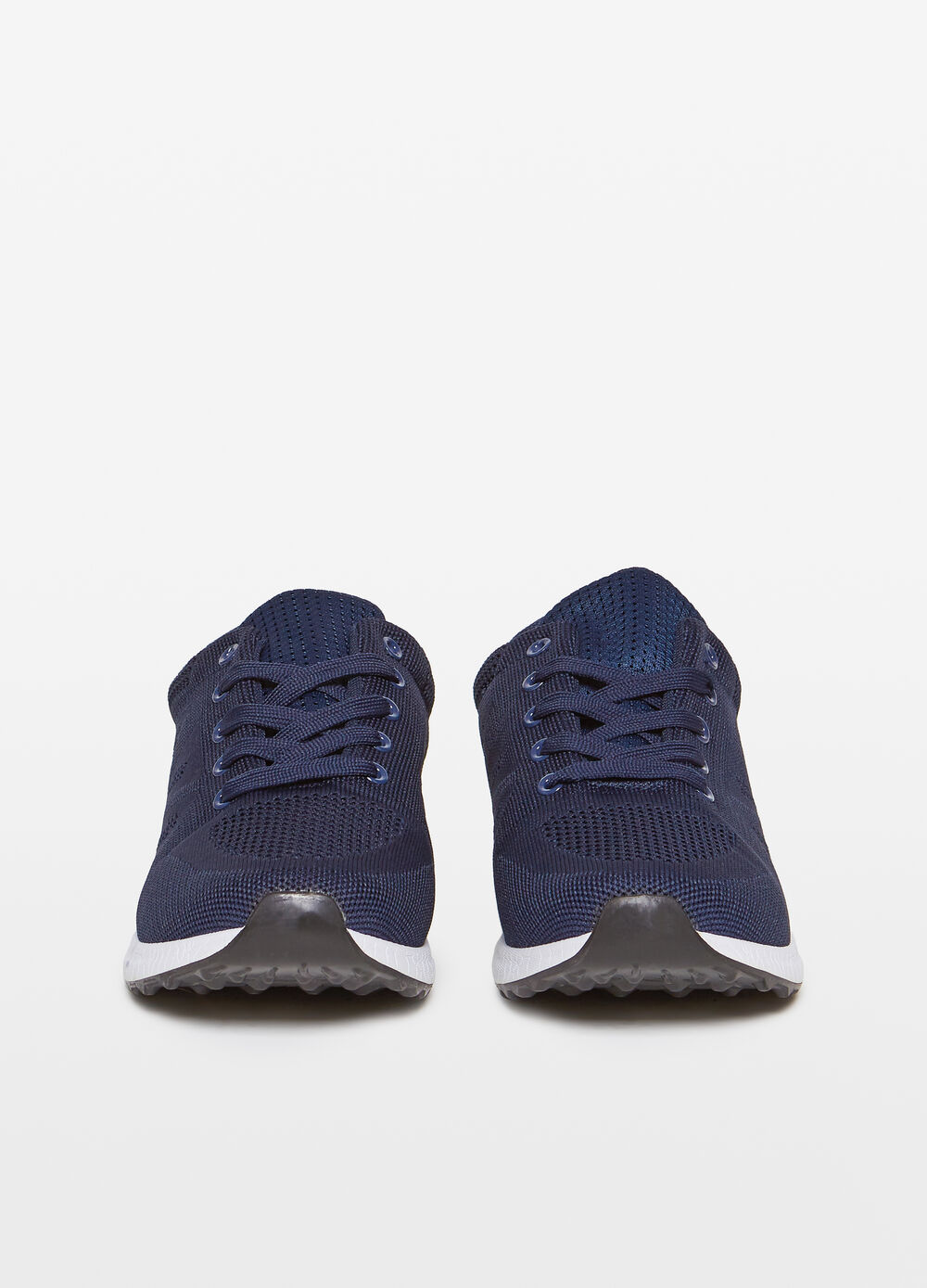 Sneakers with mesh upper