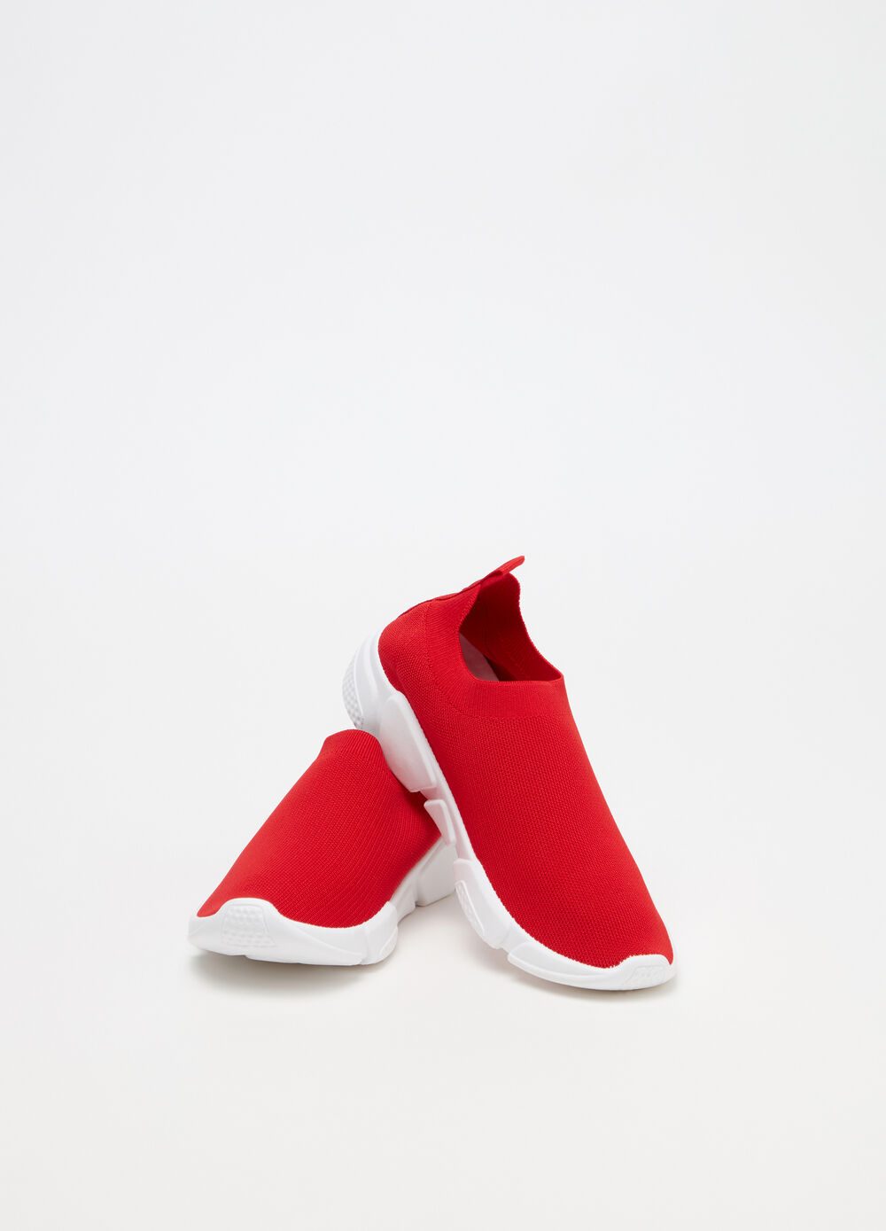 Ankle sneakers with ribbing and thick sole
