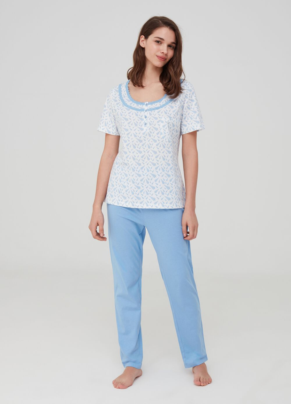 Full length pyjamas in 100% cotton with lace
