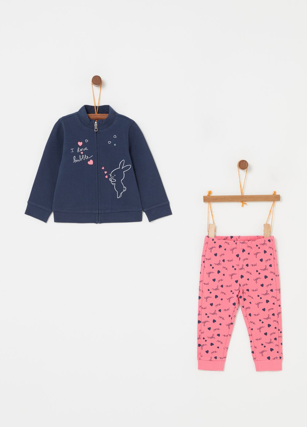 Jogging set with rabbit print