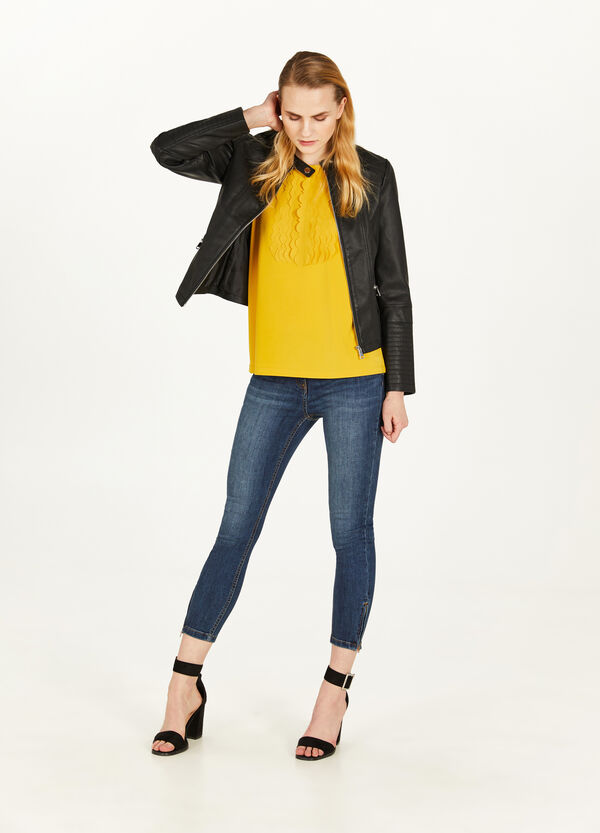 Stretch top with inserts