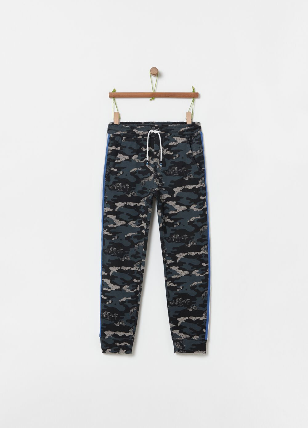 Camouflage joggers in 100% cotton