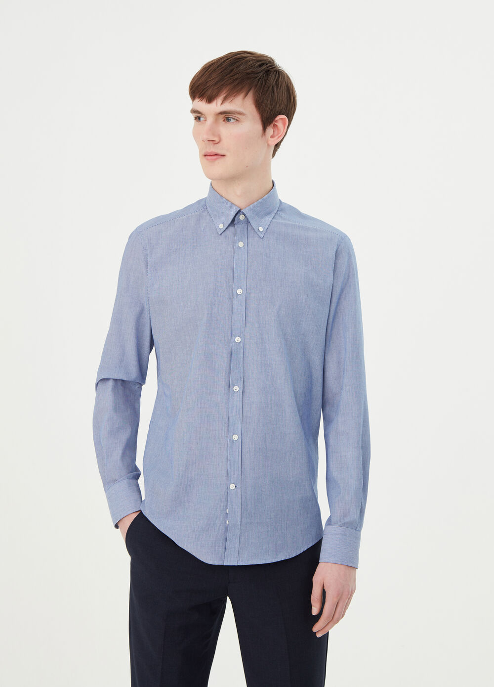 Slim-fit shirt with button-down collar