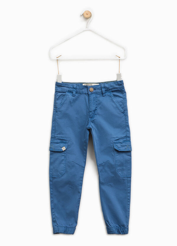 Stretch cargo trousers with patch
