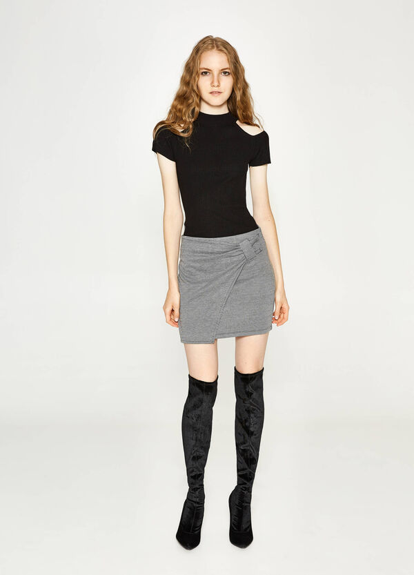 Hounds' tooth patterned mini skirt