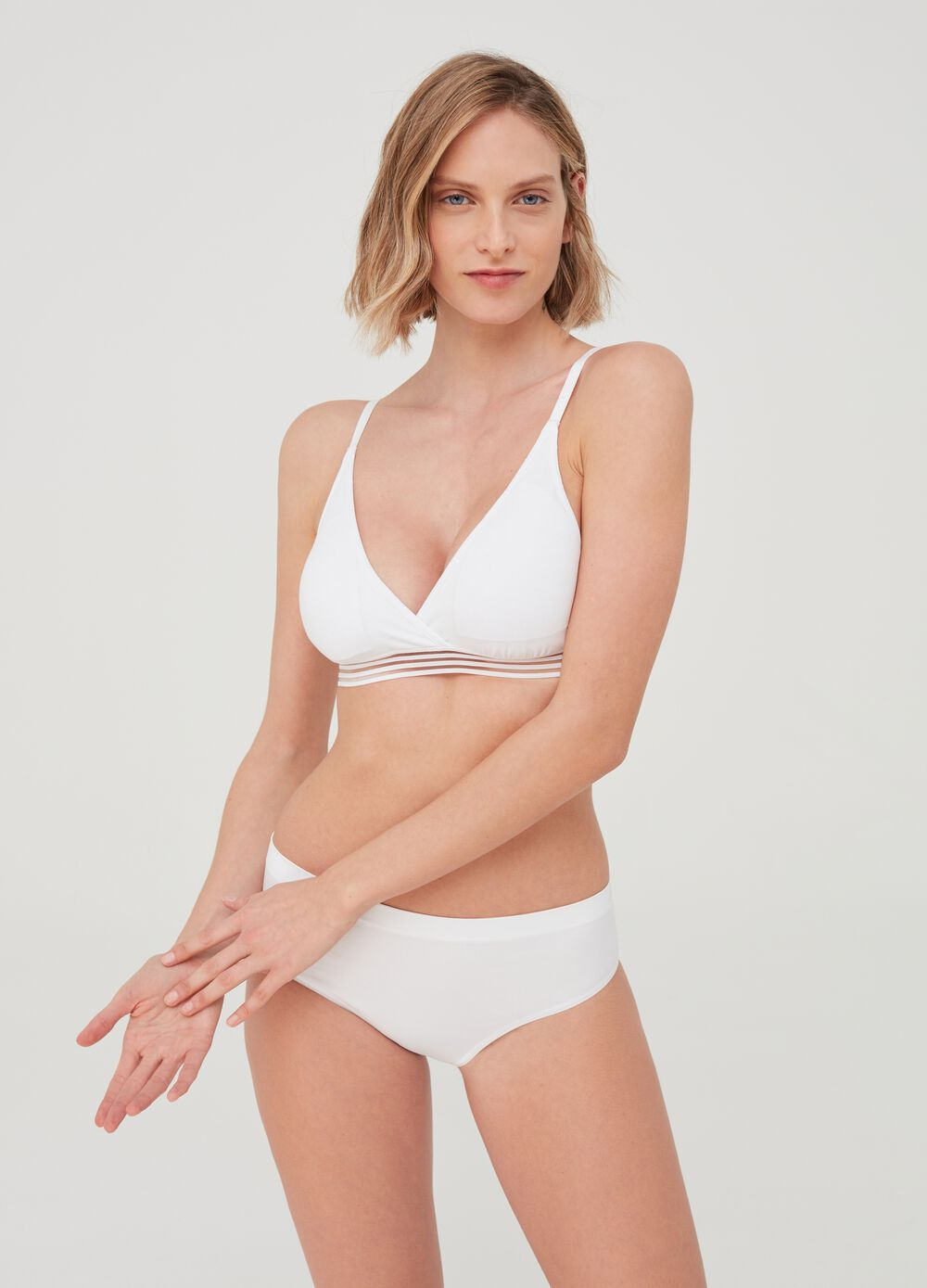 Semi-padded triangle bra - Natural effect