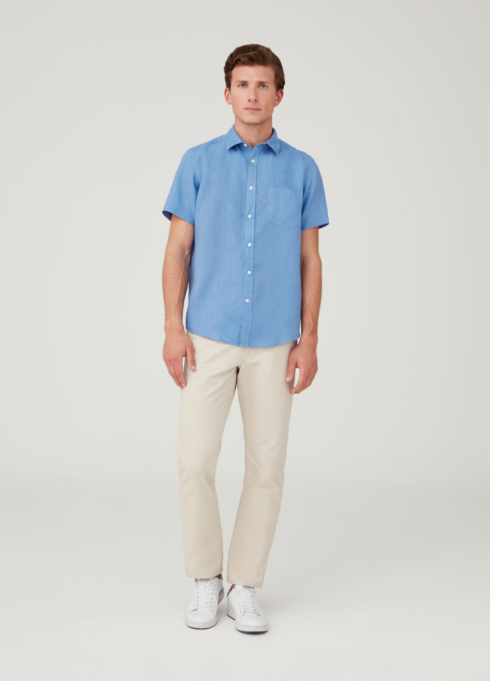 Shirt with bluff collar and short sleeves