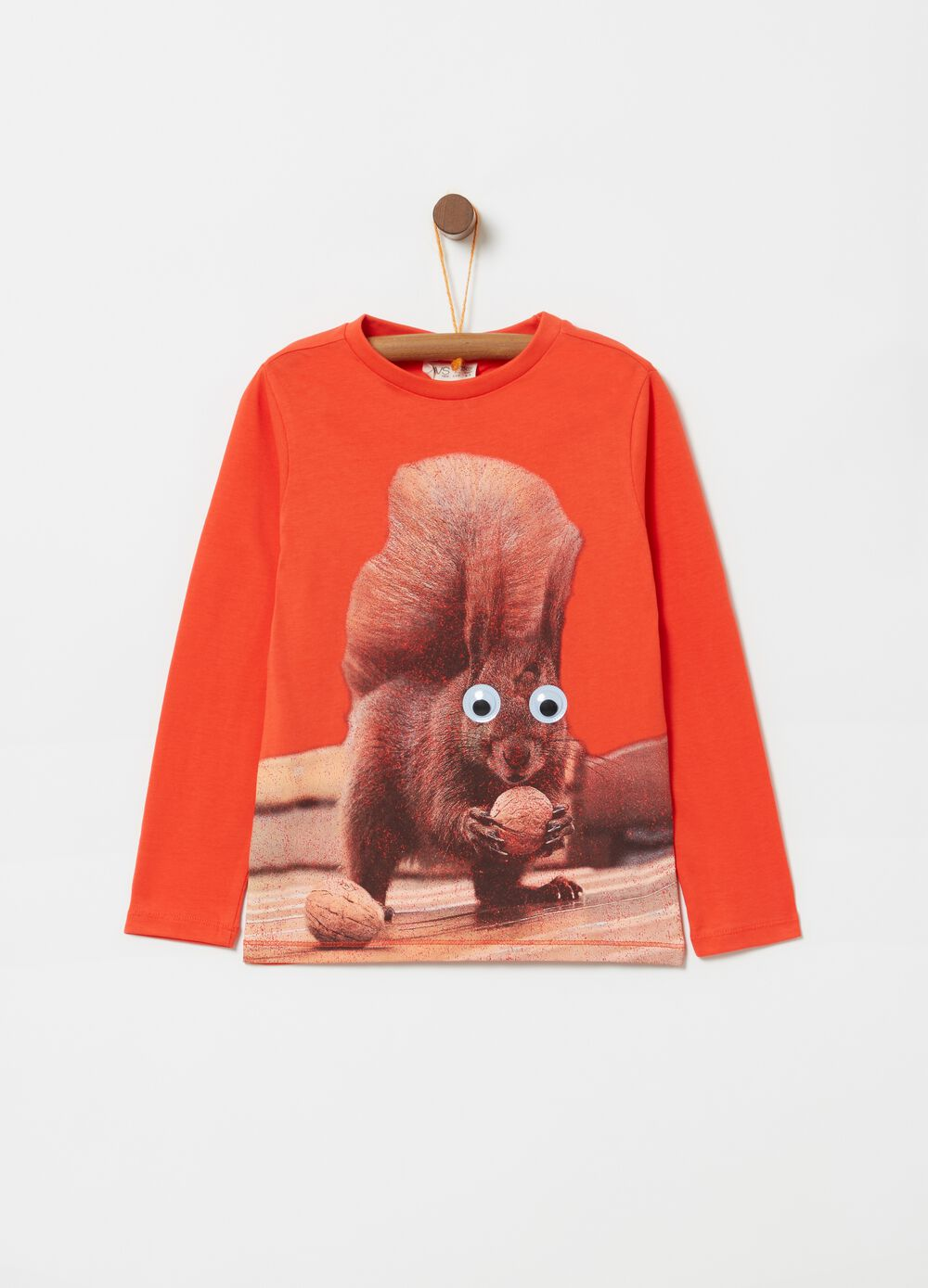 Long-sleeved T-shirt with squirrel print