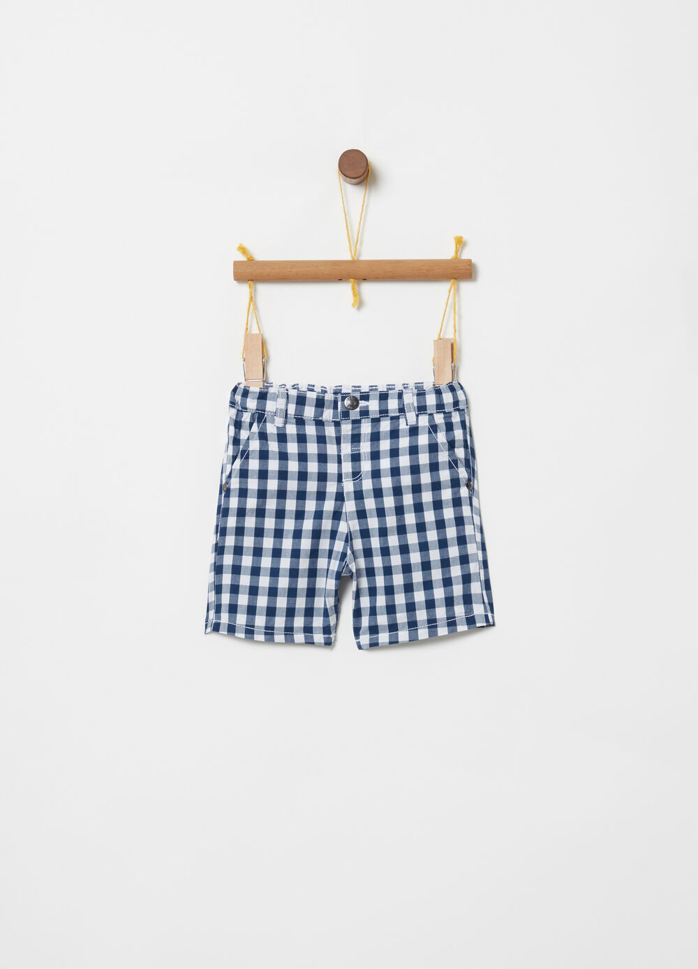 100% cotton shorts with check pockets