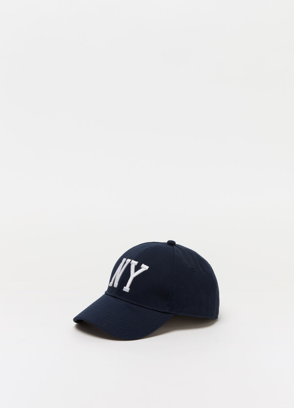 Baseball cap with NY embroidery on the front