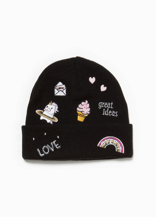 Beanie cap with embroidery and patches