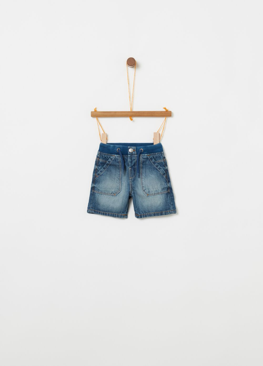 Regular fit denim Bermuda shorts with pockets