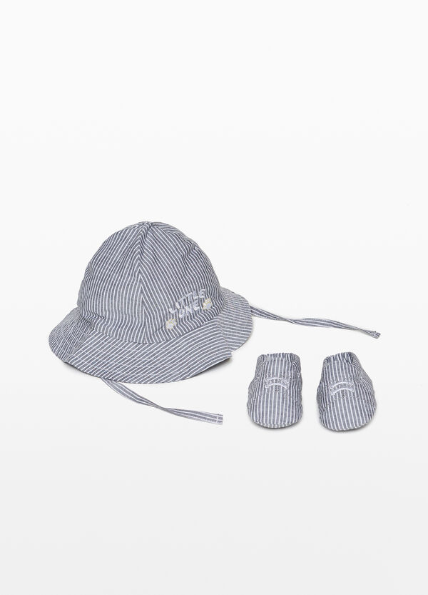 Striped hat and shoes set