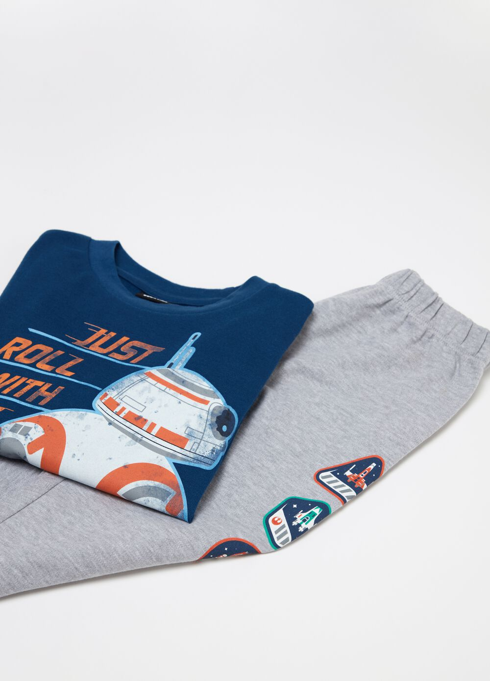 Star Wars top and trousers pyjama set