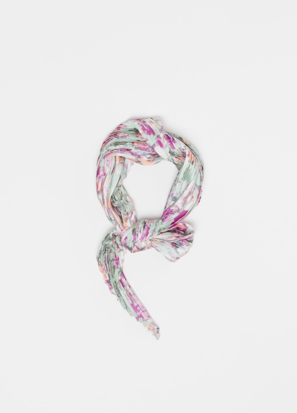 Pleated foulard with floral print