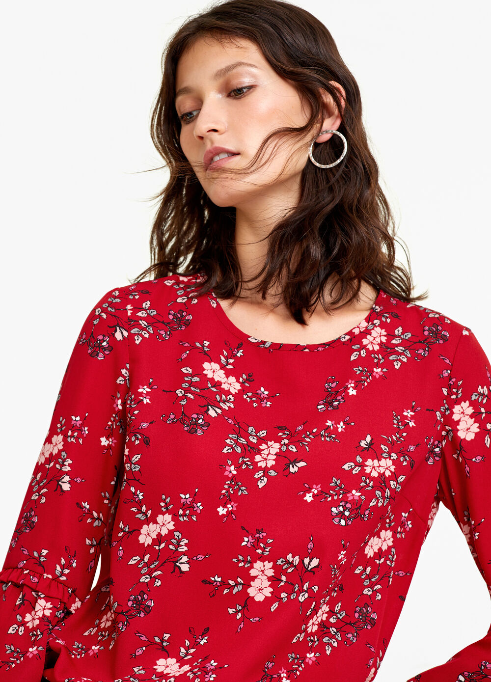 Three-quarter blouse with flounce