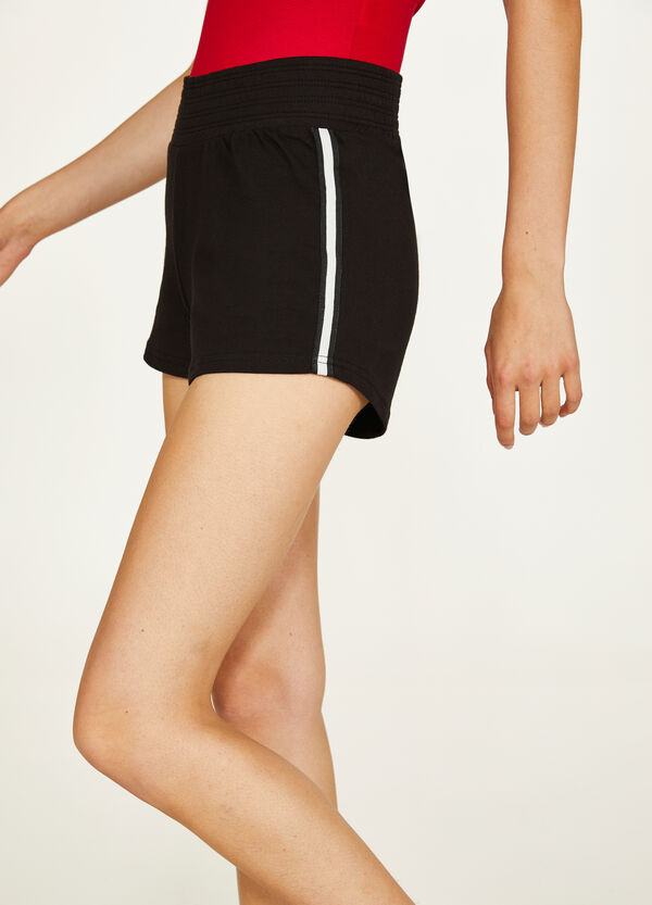 100% cotton shorts with bands