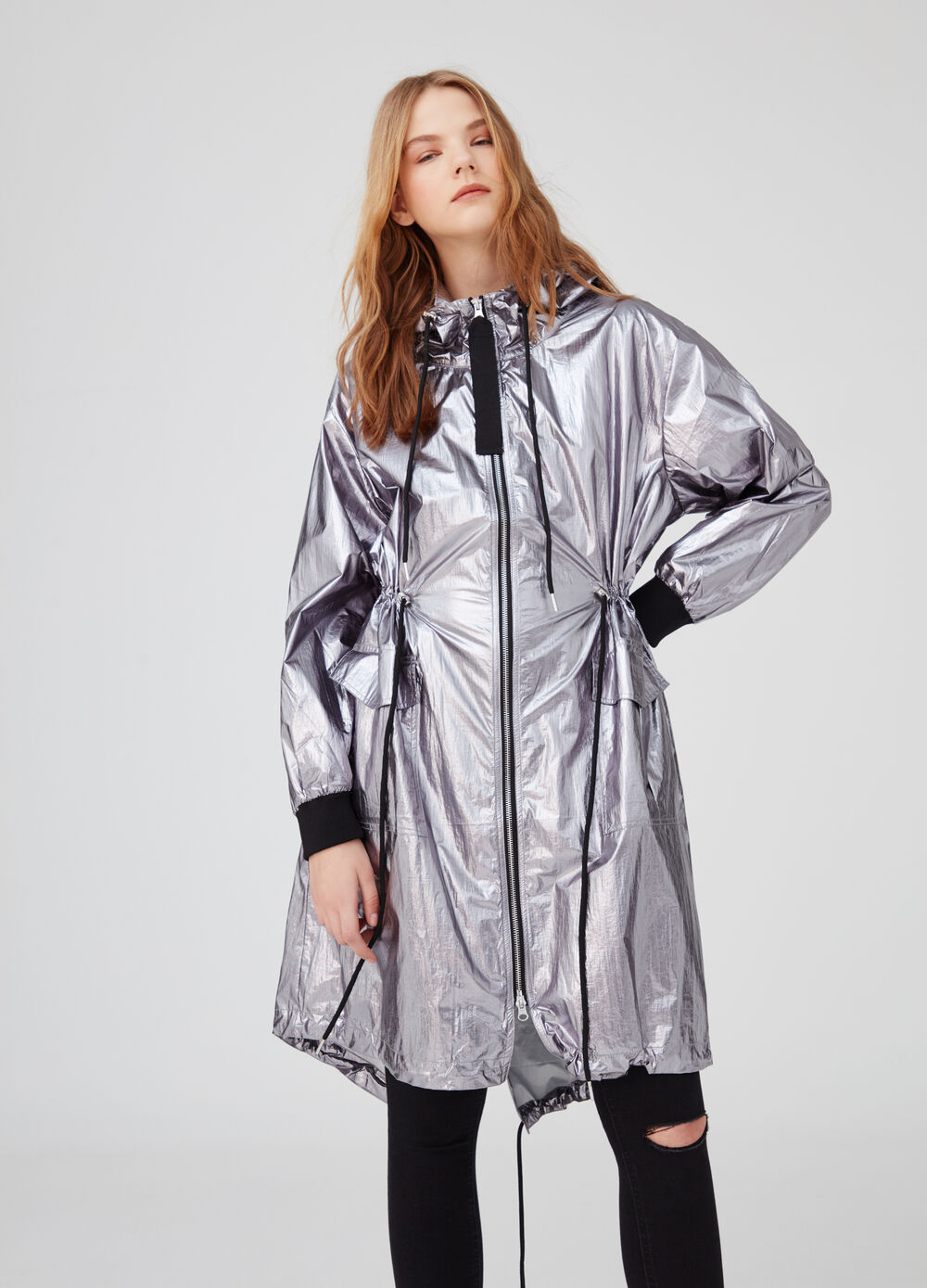 Rain jacket with drawstring hood and pockets