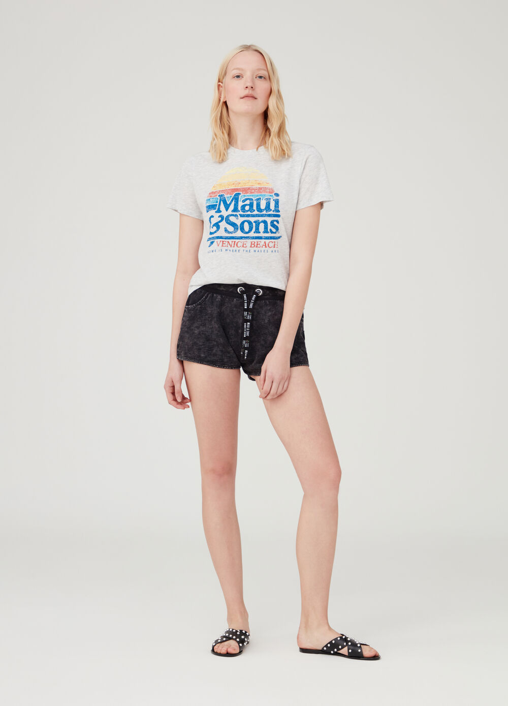Mélange shorts with drawstring by Maui and Sons