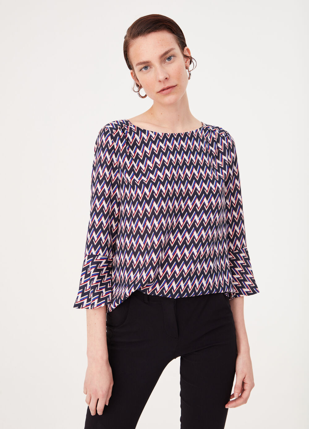 Crêpe blouse with print and flounced sleeves