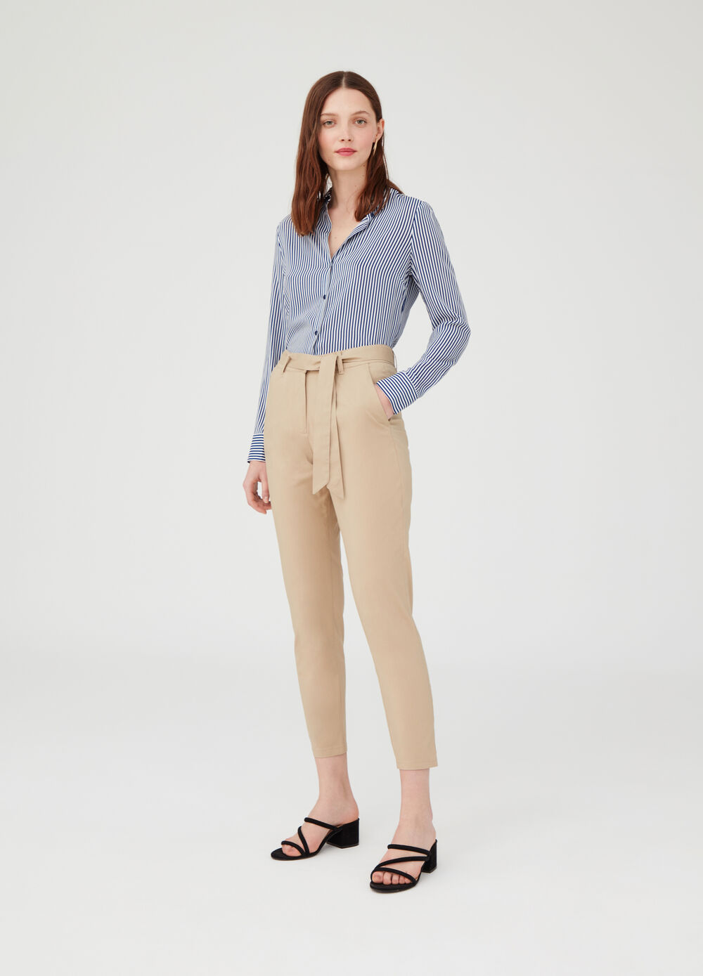 Carrot-fit trousers in poplin with pockets