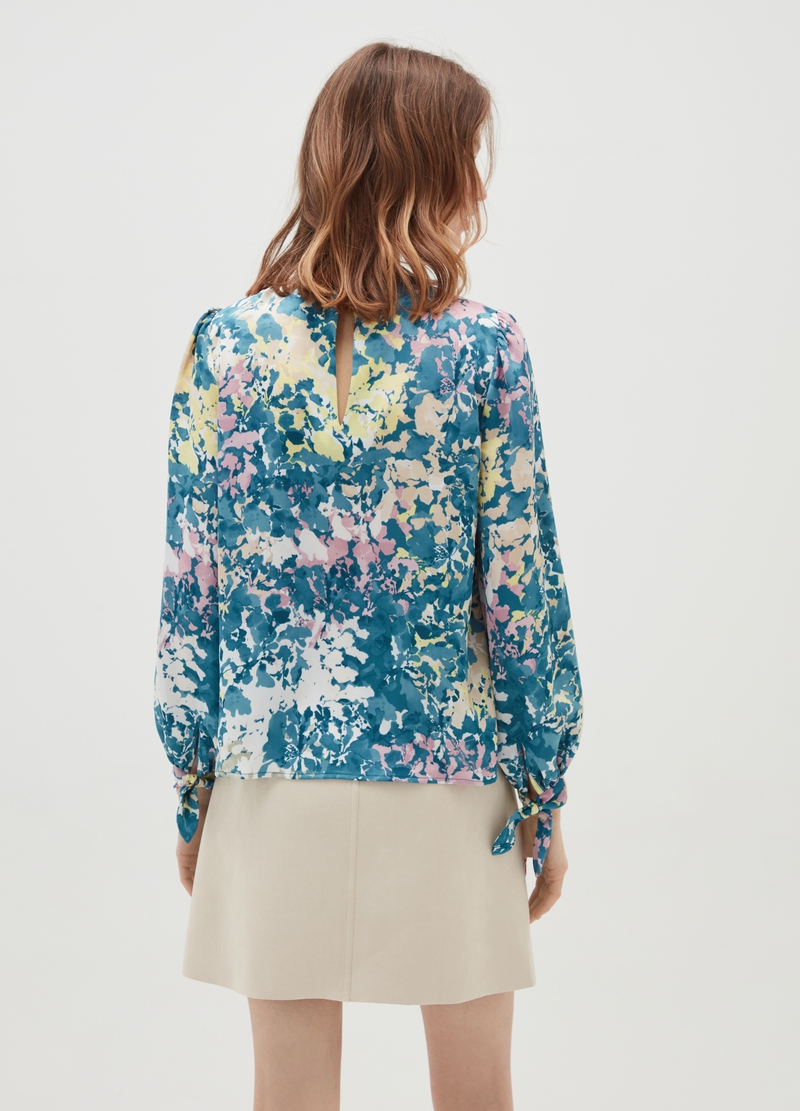 Floral print blouse image number null