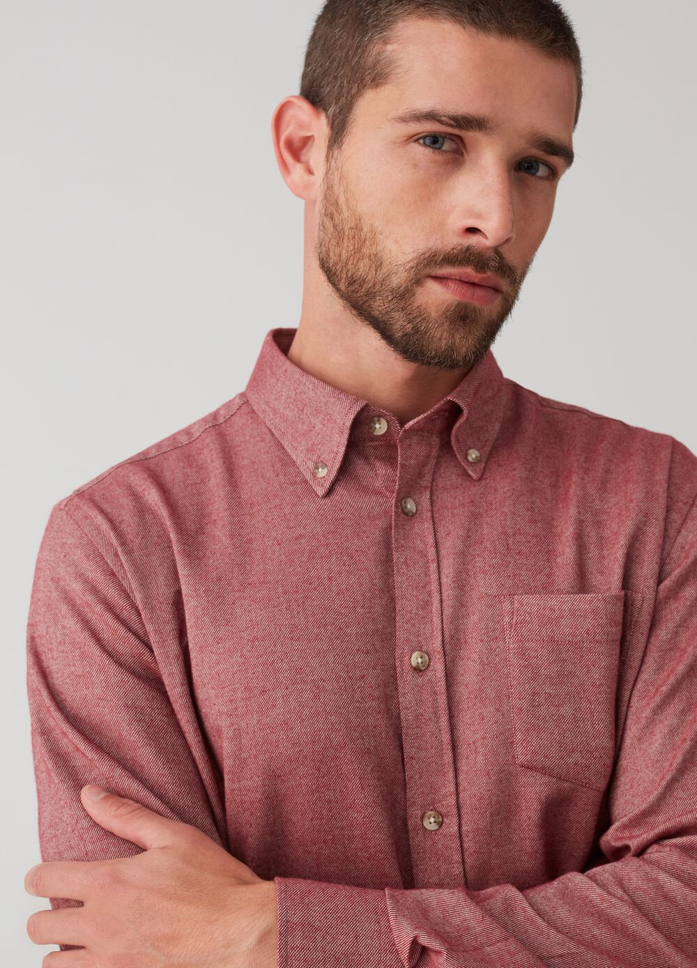 Regular-fit shirt in 100% cotton with pocket