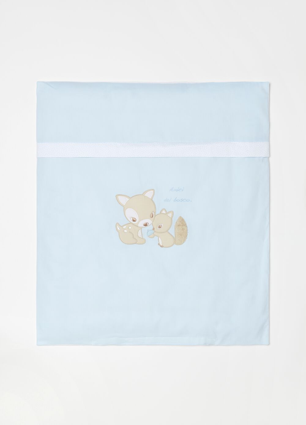 Crib quilt in 100% cotton with embroidery