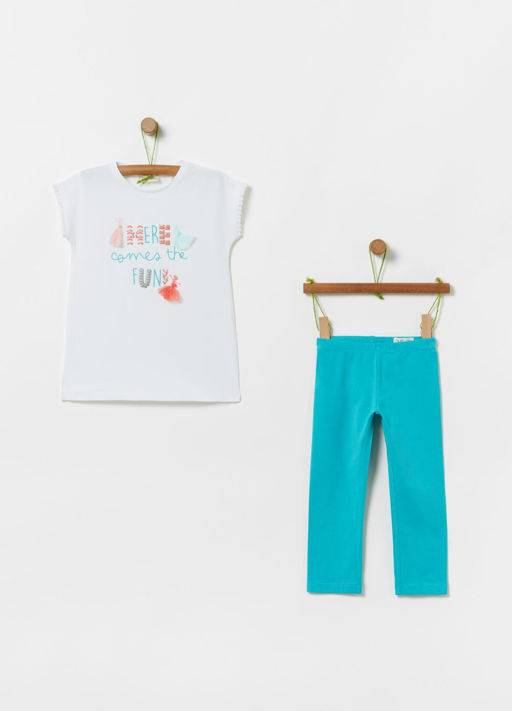 T-shirt and leggings jogging set with tassels