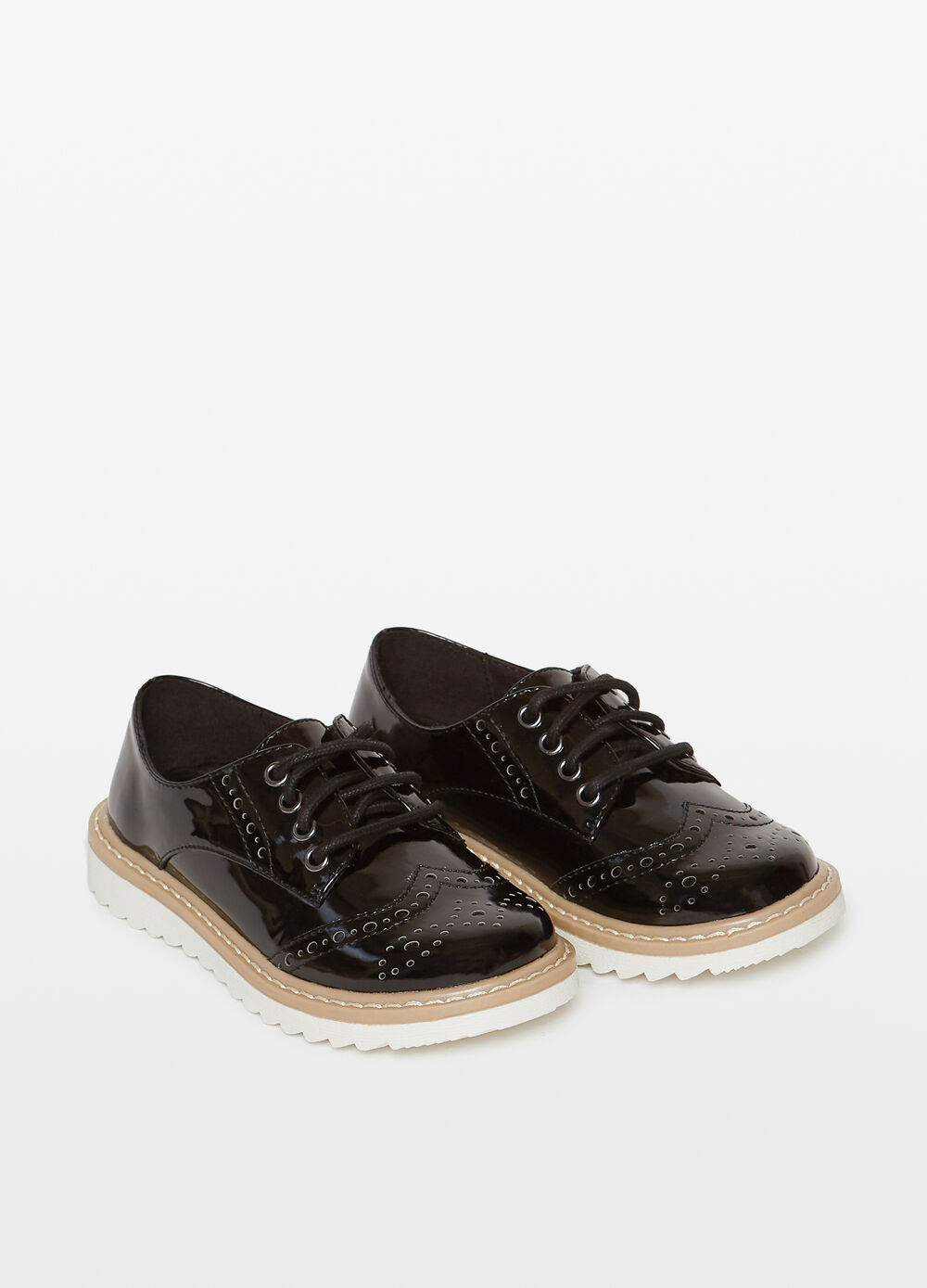 Shiny openwork lace-up shoes