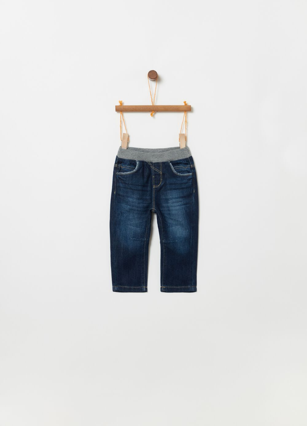 Regular-fit stretch jeans with ribbing