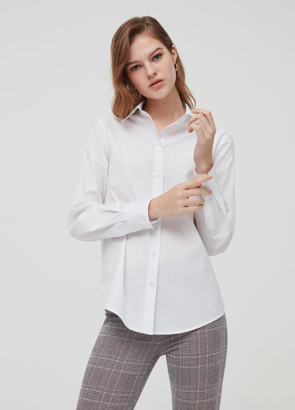 Solid colour bluff collar shirt