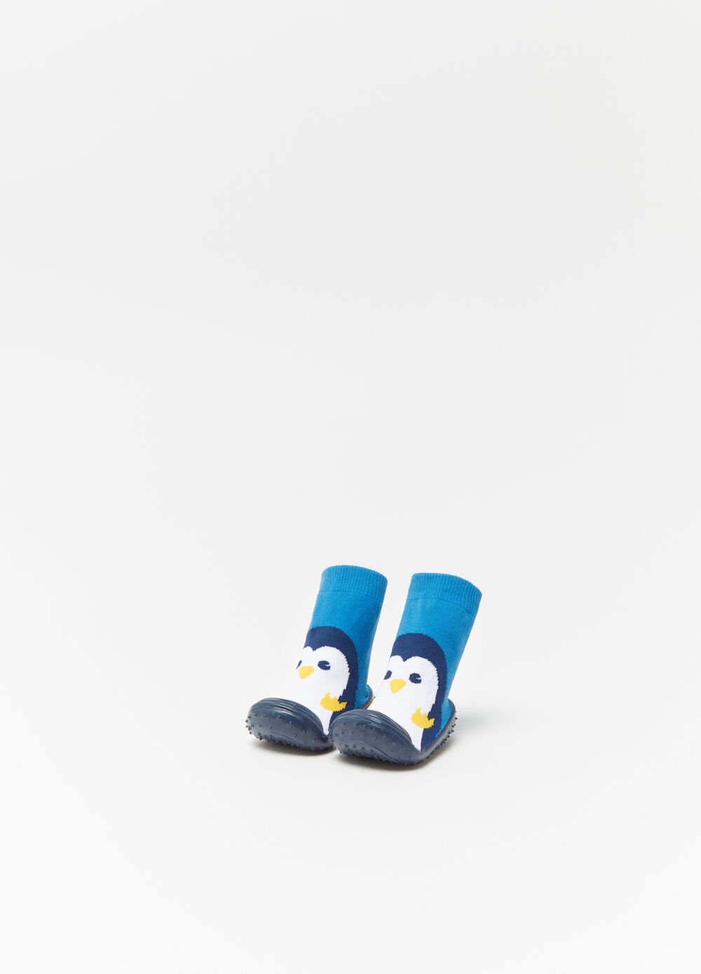 Baby shoes with high ankles and penguin