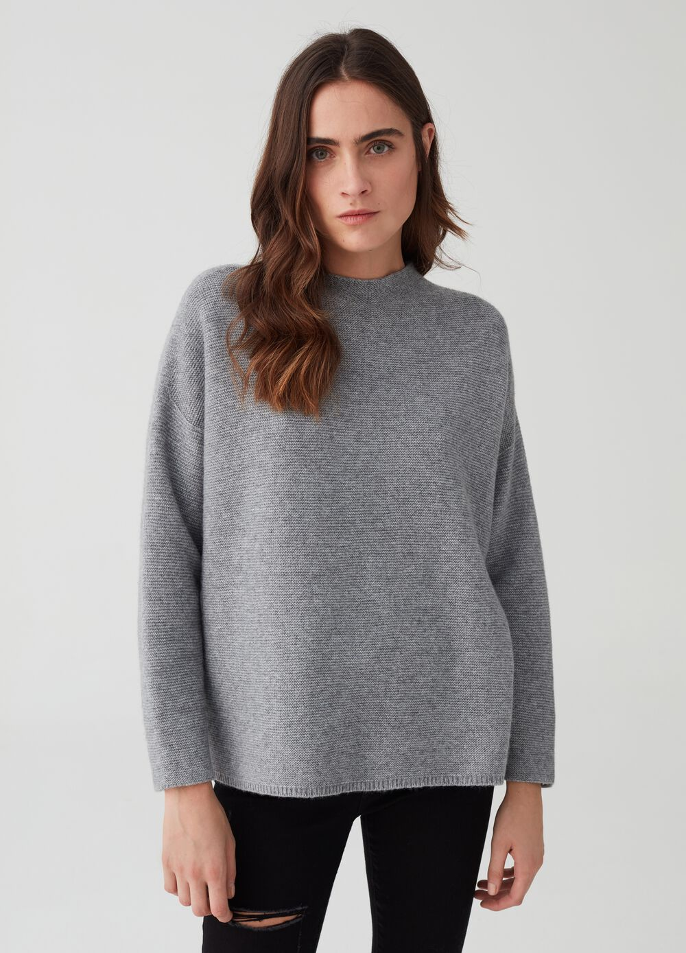 Knitted cashmere and wool pullover