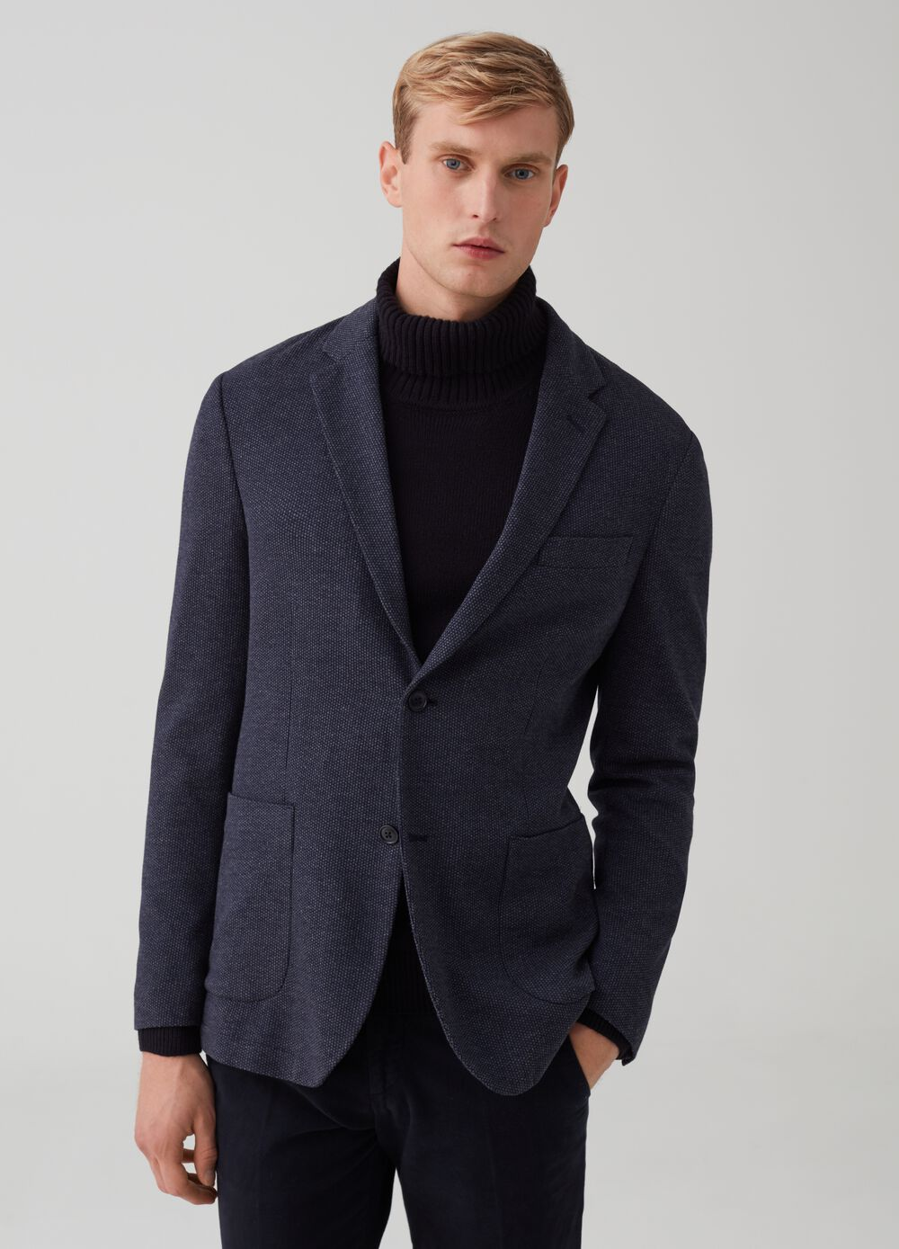 Two-button knitted jacket