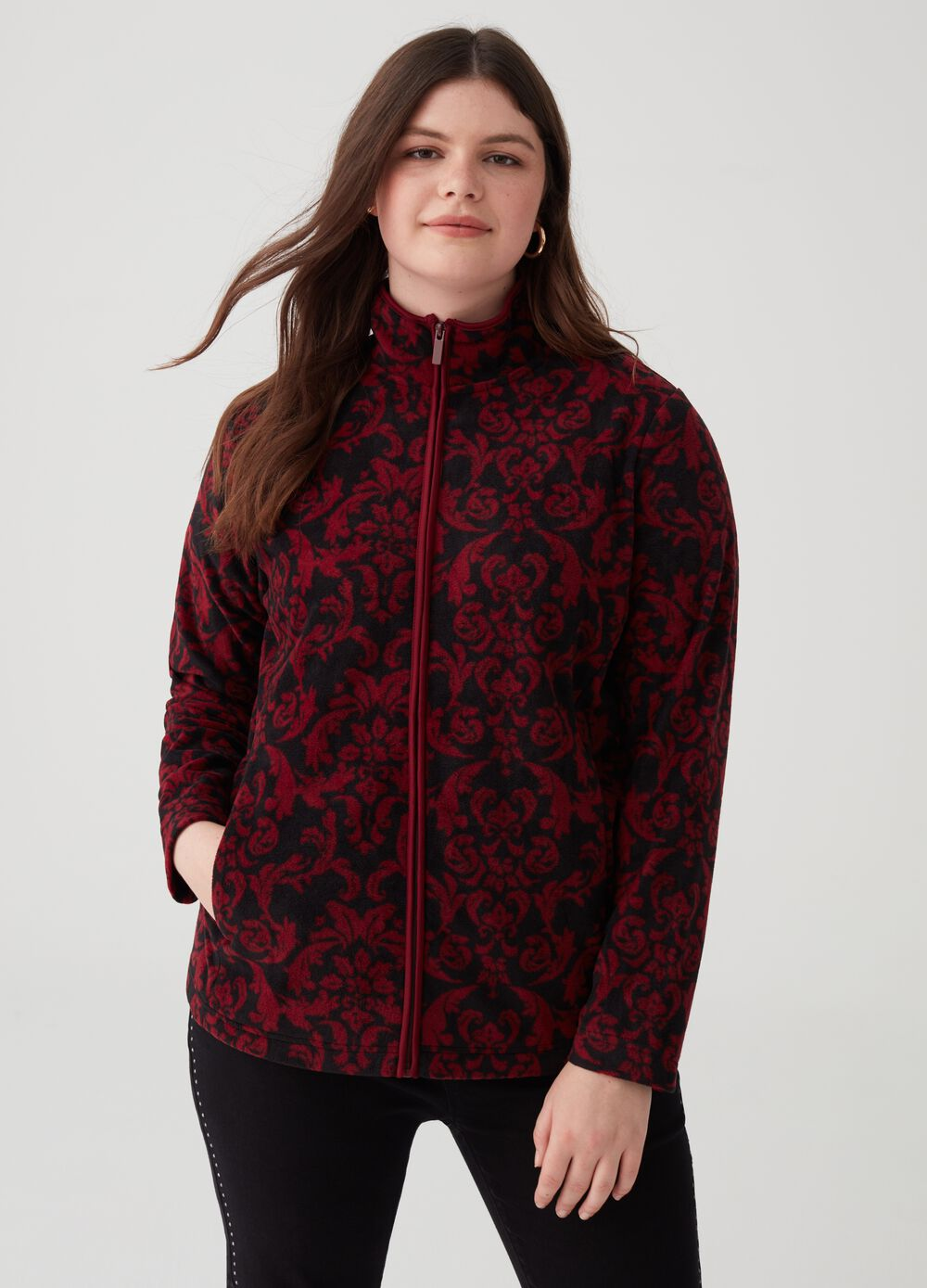 Curvy floral sustainable fleece with high neck
