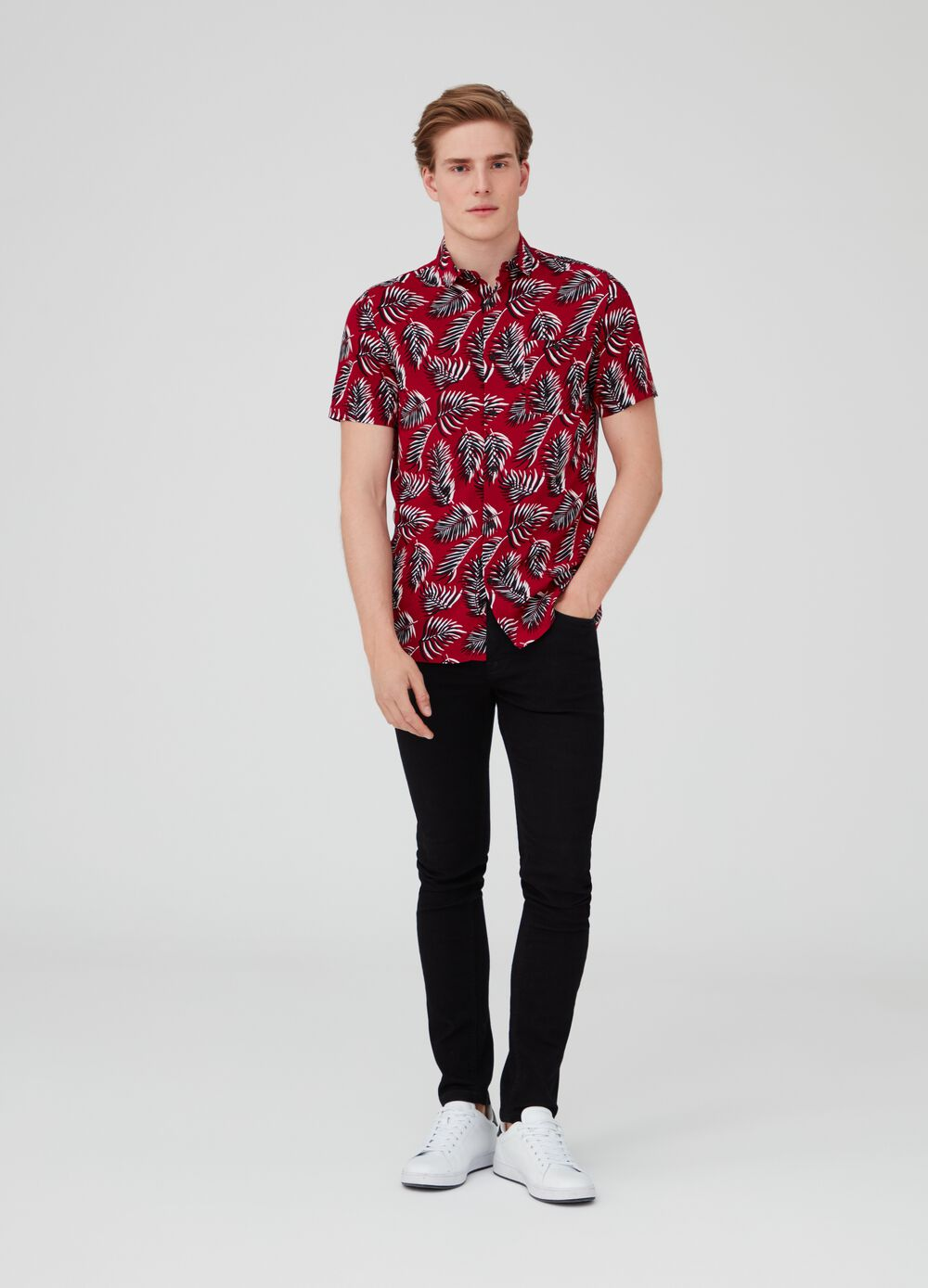 Viscose foliage shirt with short sleeves