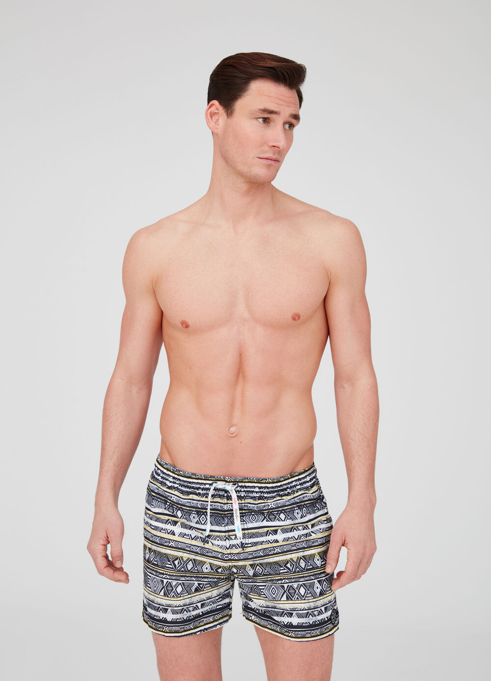 Shorts with drawstring and geometric pattern