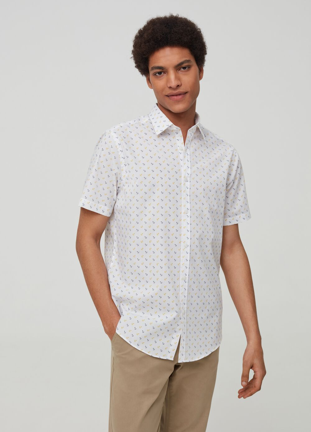 Shirt with anchor pattern
