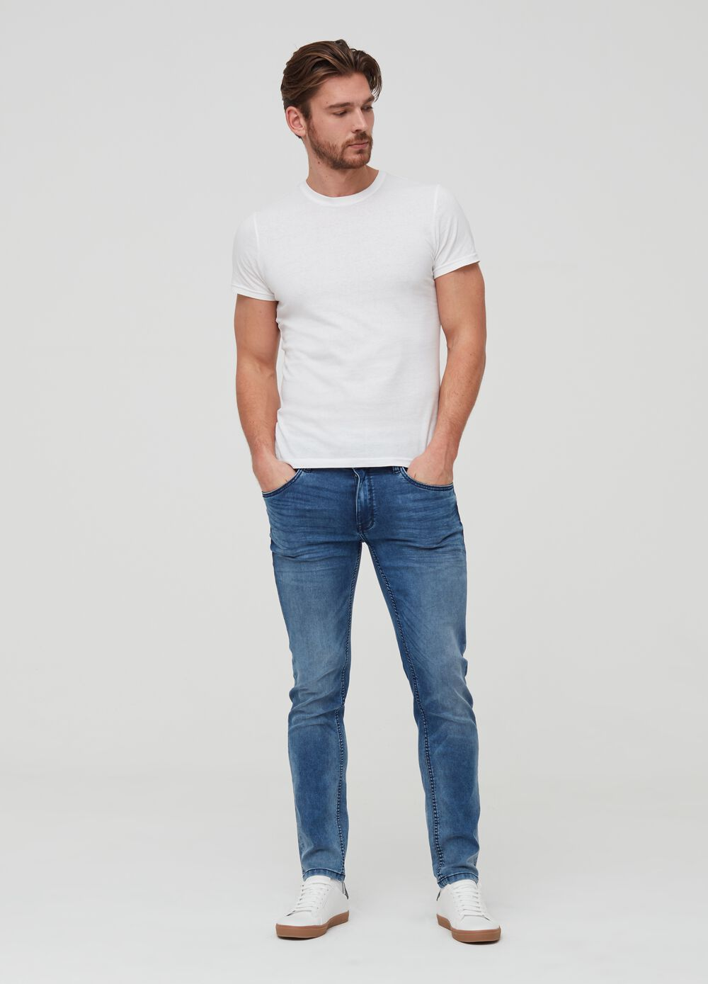 Jogger trousers in denim