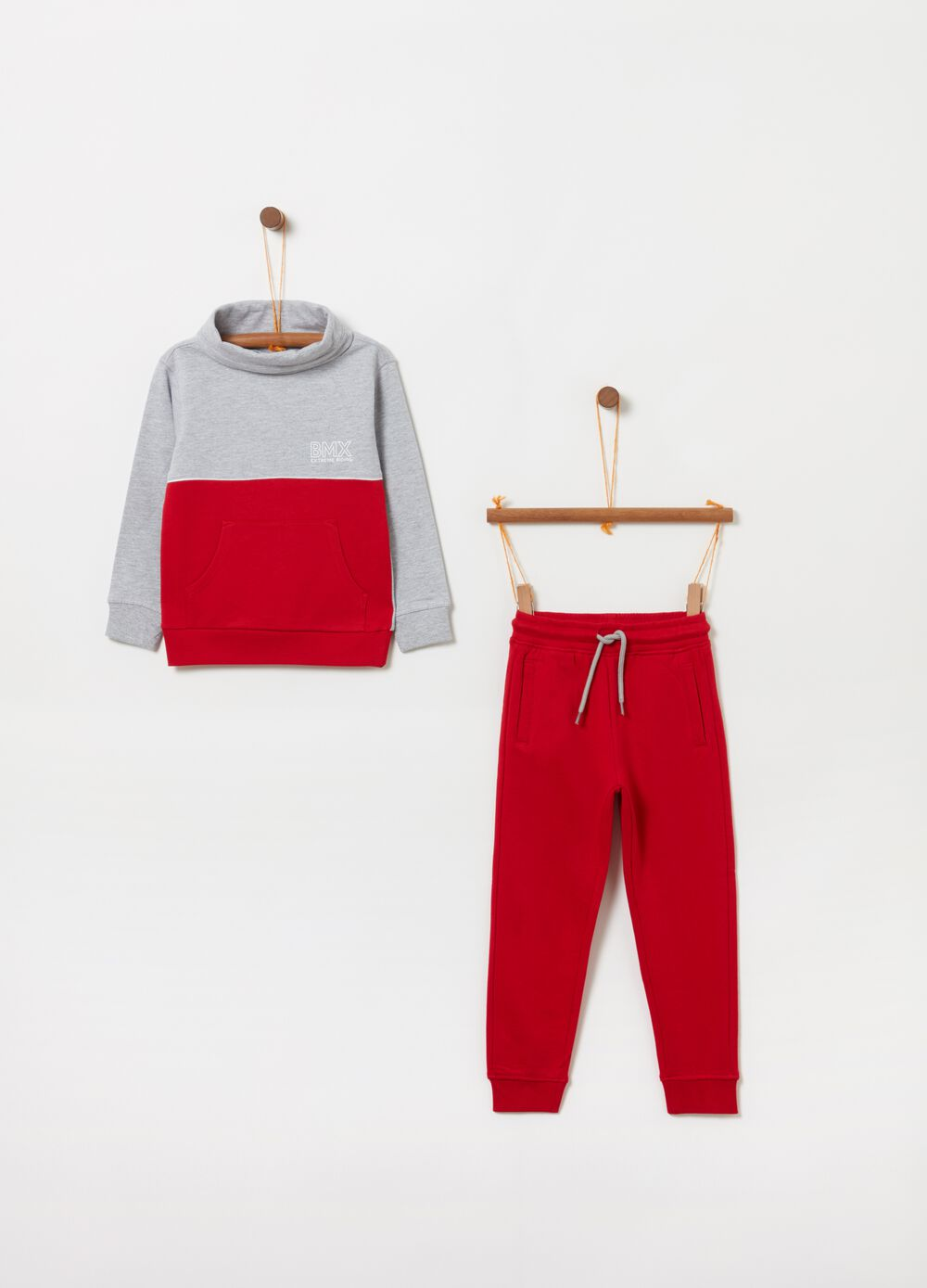 Fleece jogging set with print and drawstring