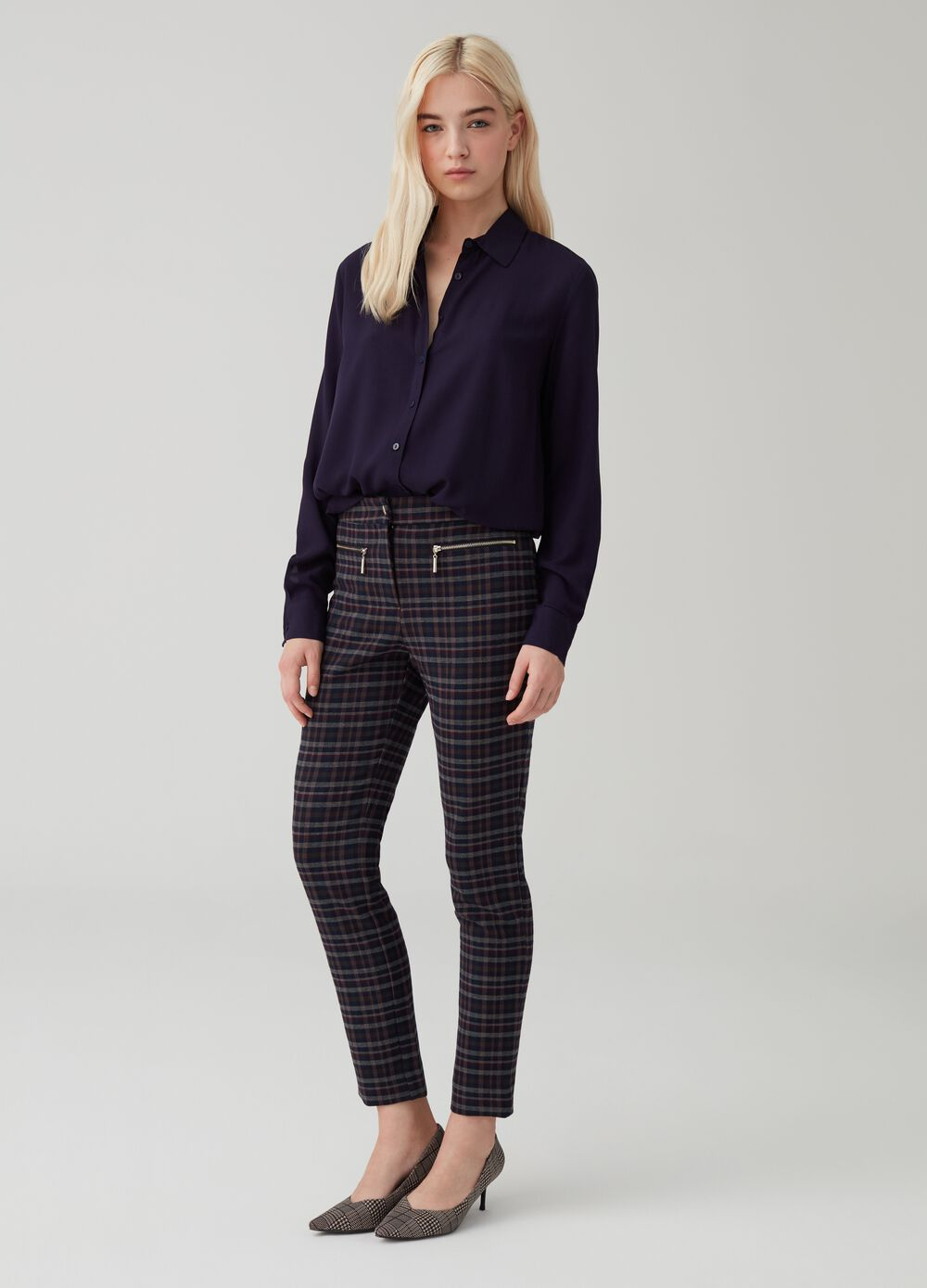 Cigarette trousers with zip and check pattern
